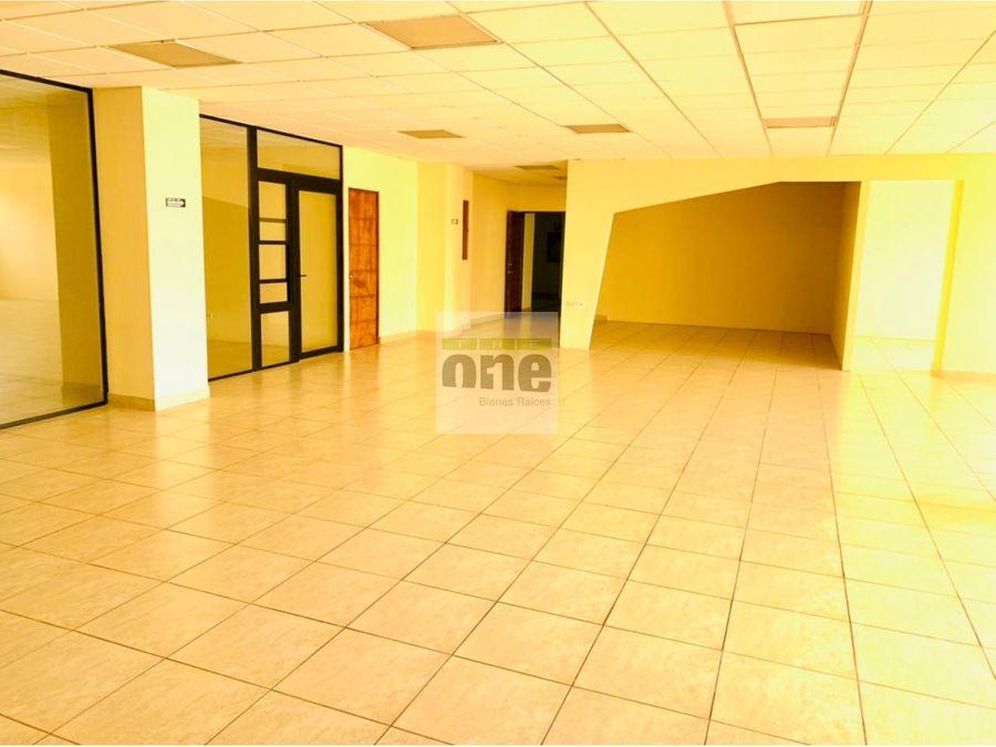 zona 13 alquilo oficina de 237 mts2