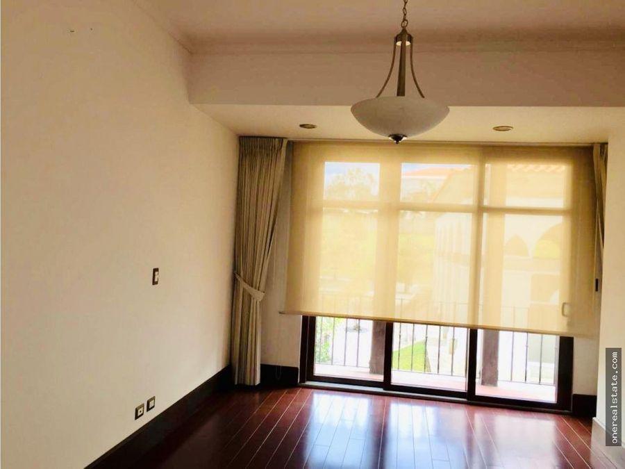zona 16 cayala alquilo apartamento de 230 mts2