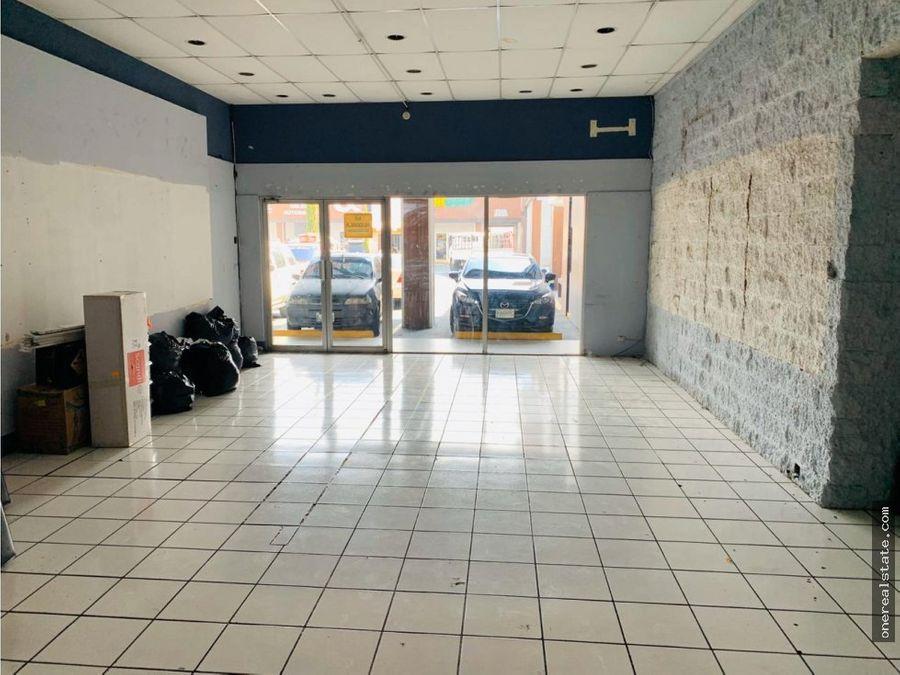 zona 10 local en centro comercial 100 mts2