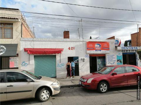 casa con locales comerciales col santiaguito