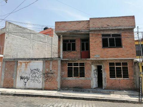 casa para terminar manantiales y u latina