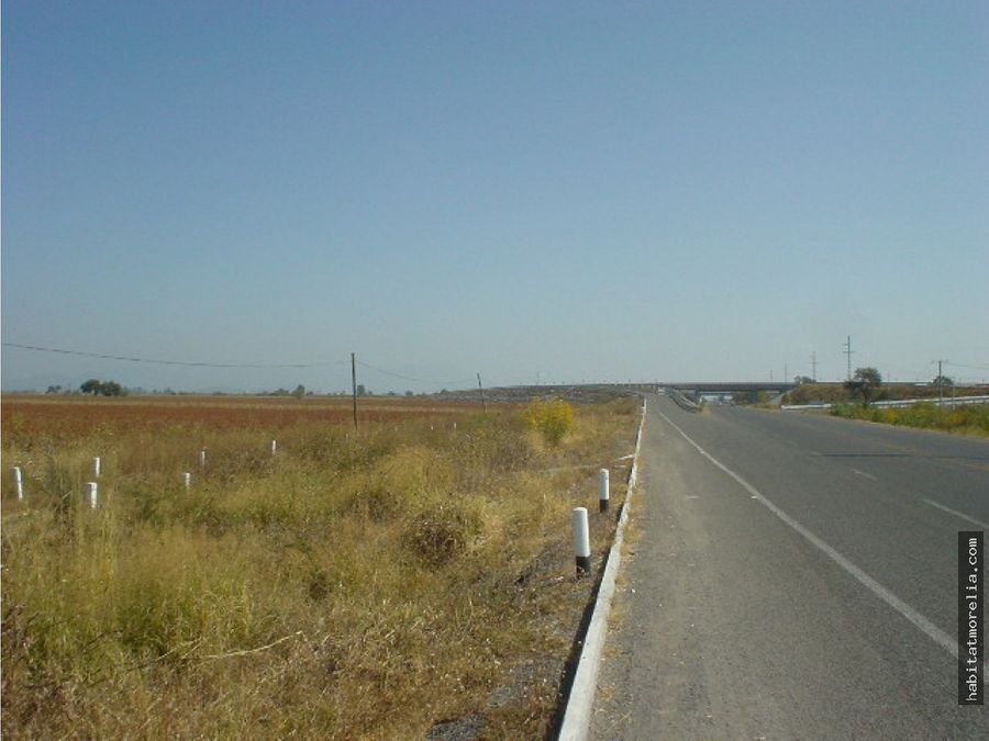 hectareas por aeropuerto sobre carretera