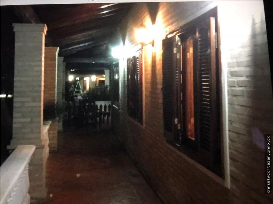 vendo hermosa casa de campo en limpio paraguay