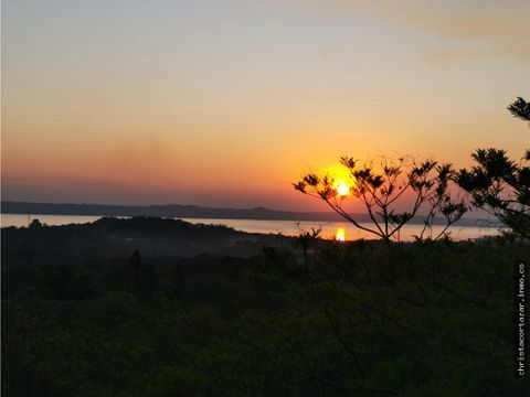 vendo terreno con la mejor vista al lago ypacarai