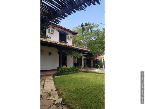 vendo casa colonial en el centro de san bernardino