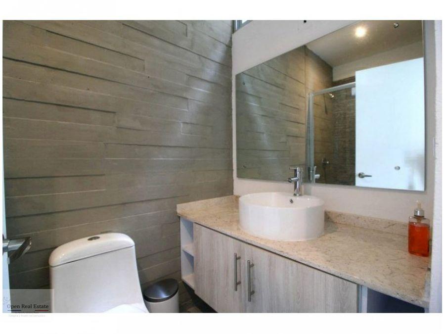 residencia estilo minimalista con acabados de lujo