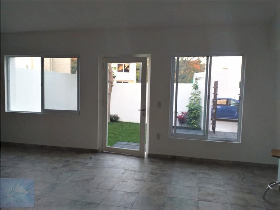 comoda casa en un nivel en jiutepec centro