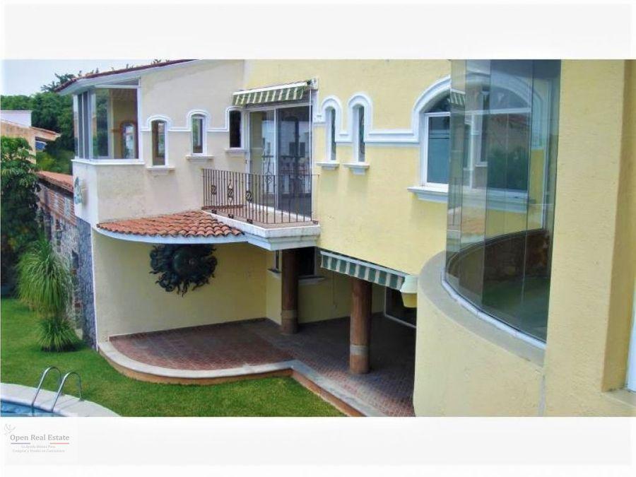 exclusiva residencia ubicada en la mejor zona del sur de cuernavaca