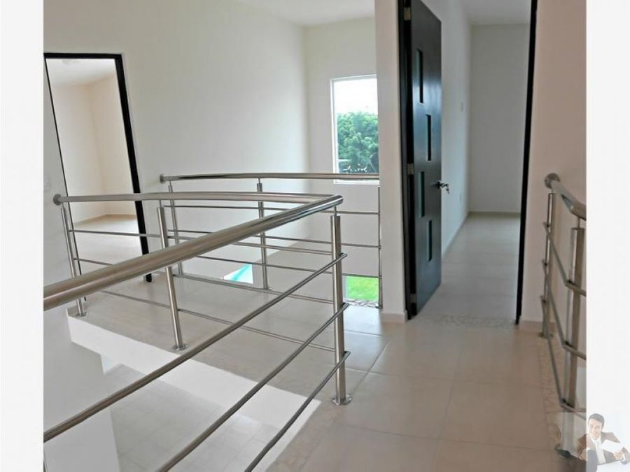 magnifica casa minimalista en burgos bugambilias