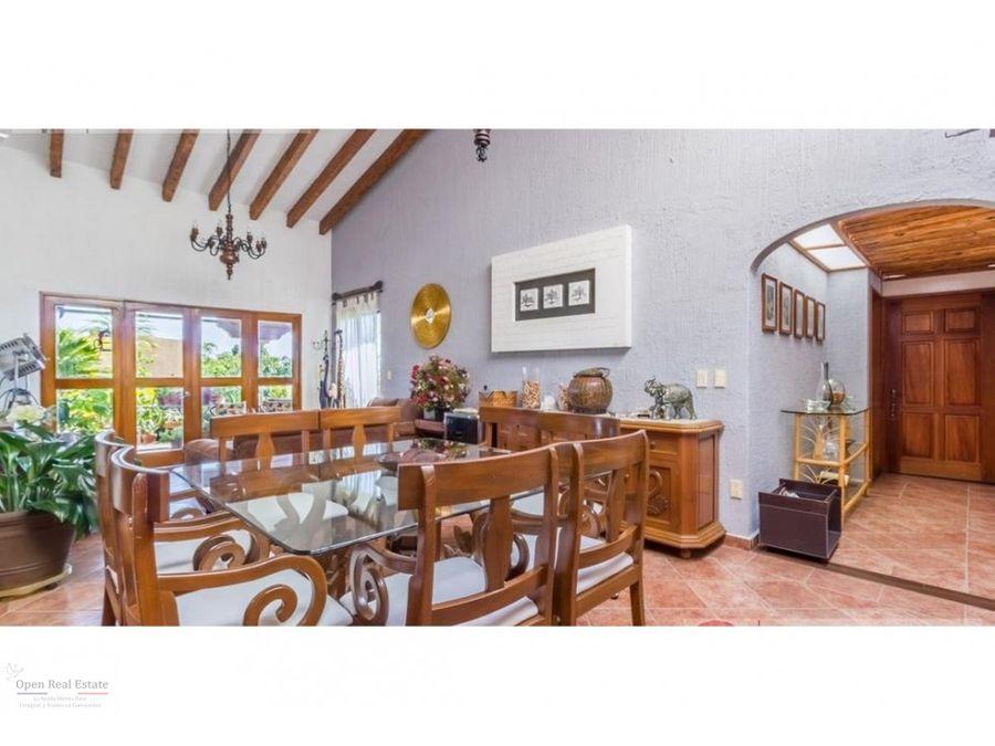 bonita casa con hermosa vista panoramica al norte de cuernavaca