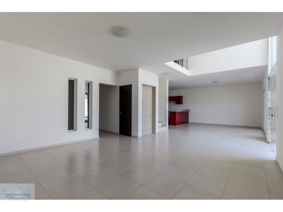 imponente residencia doble altura vig247