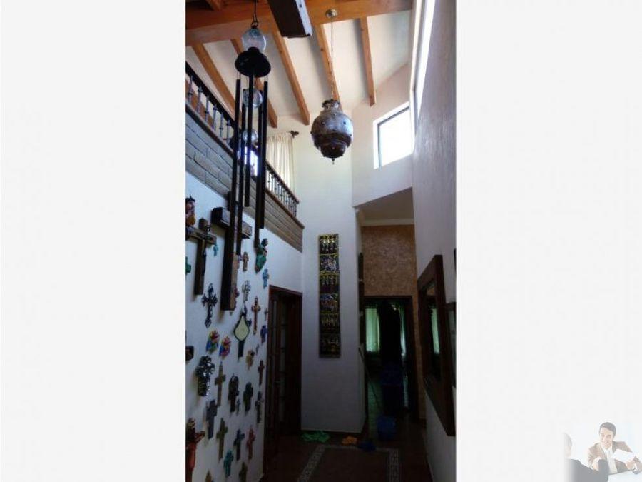 magnifica casa un nivel en burgos