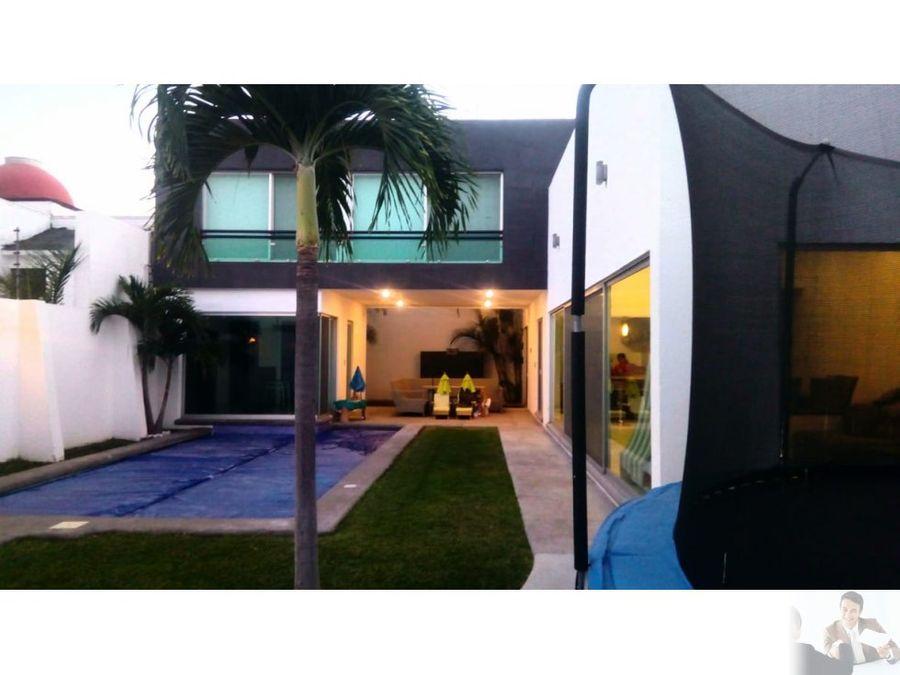 espectacular casa moderna al sur de cuernavaca