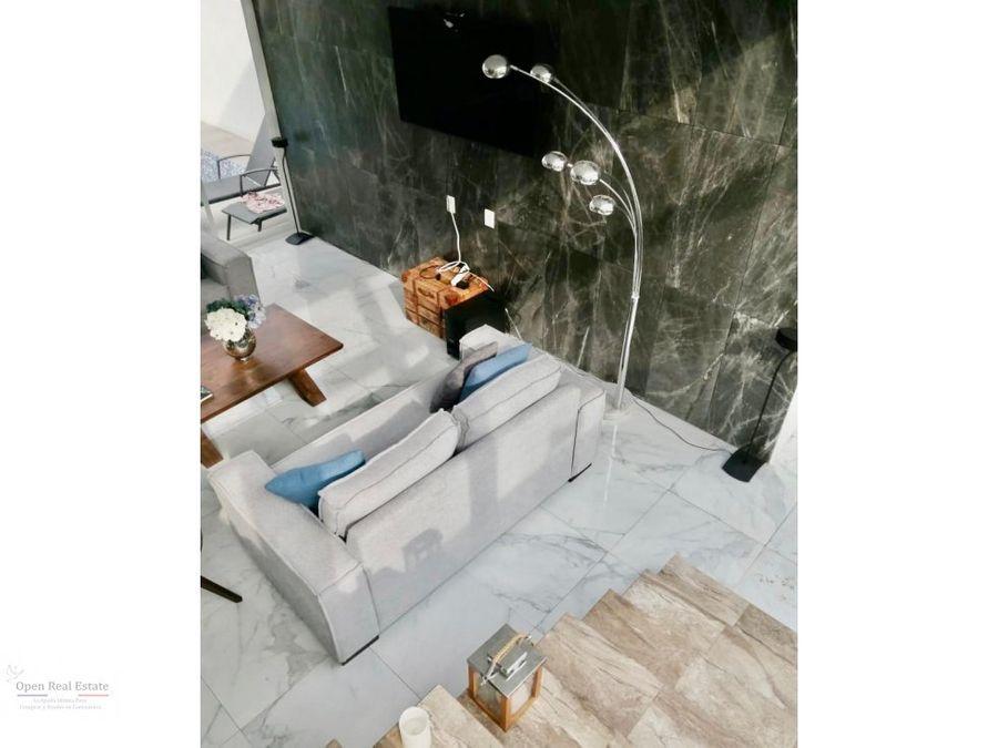 moderna casa con excelentes acabados y alberca con jacuzzi