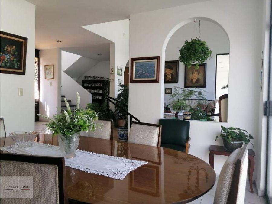 hermosa casa sola con jacuzzi en cuernavaca