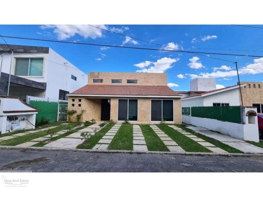 espectacular casa de 1 nivel en cocoyoc con jardin y alberca