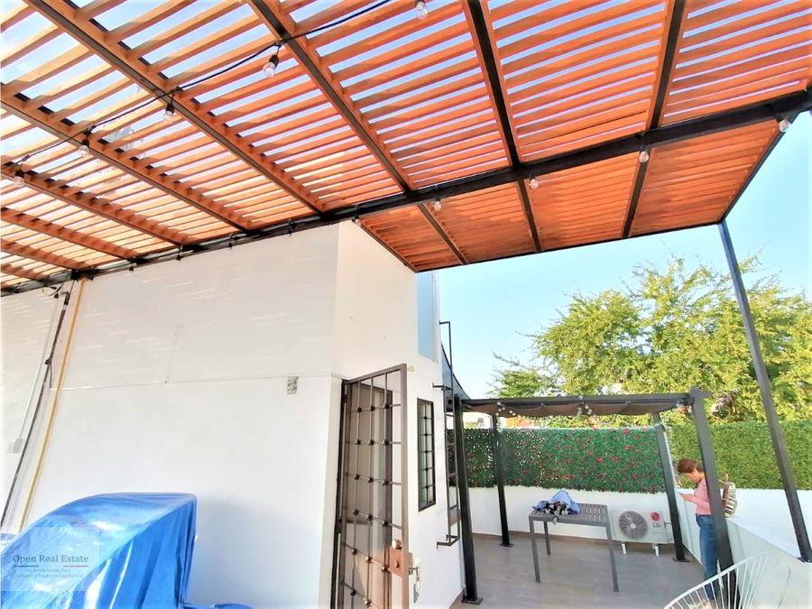 casa moderna con roof garden y doble pergola