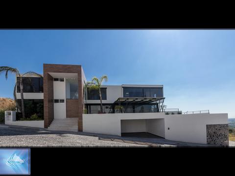 imponente residencia minimalista exclusiva