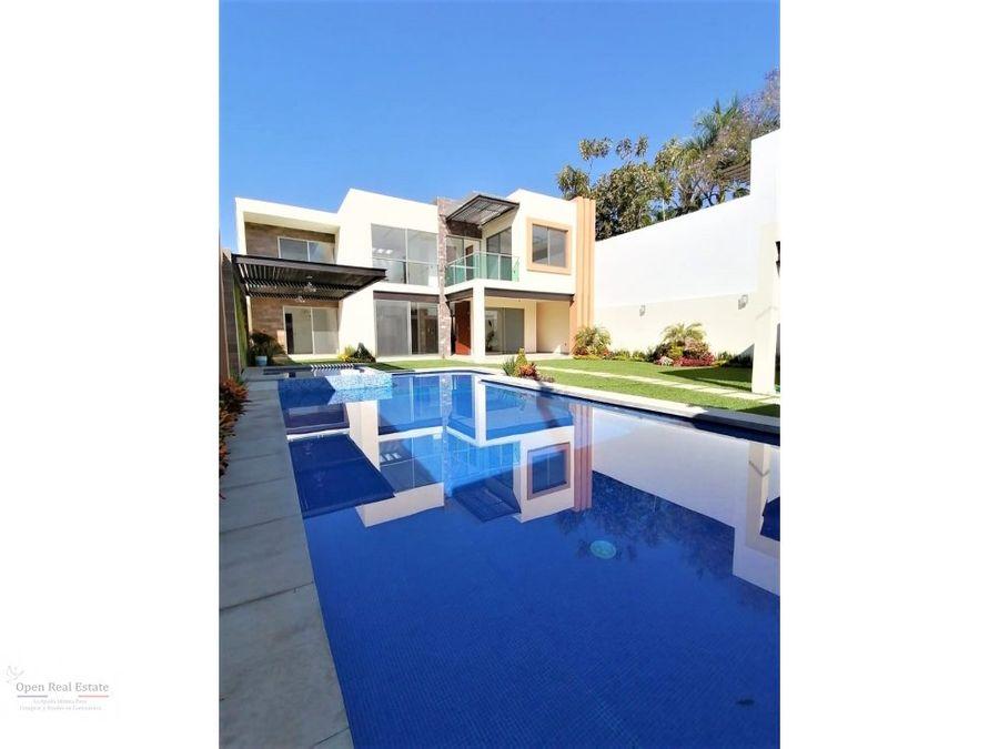 lomas de vista hermosa moderna casa zona dorada