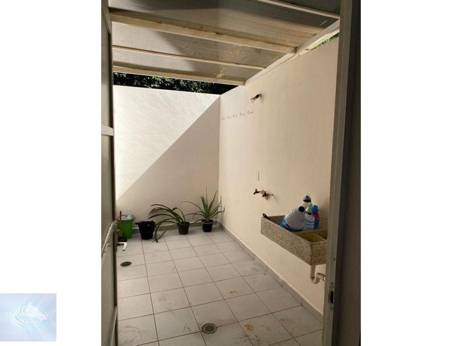 casa en lomas de cuernavaca en privada