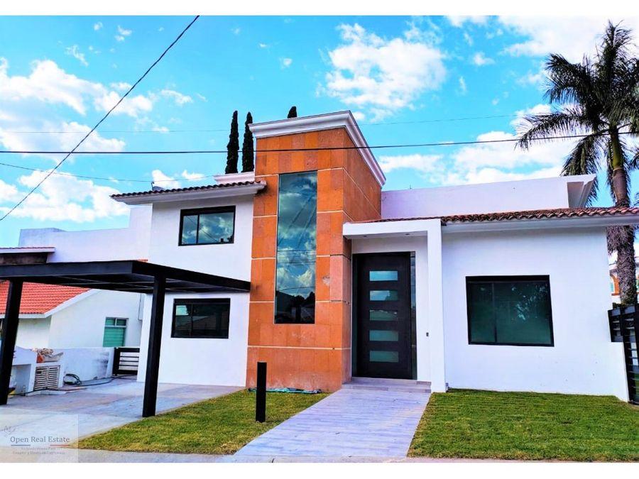 magnifica casa con 6 recamaras en cocoyoc
