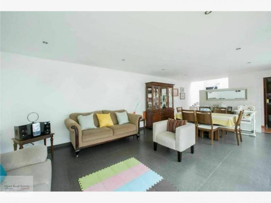 casa con amplios espacios e iluminacion al norte de cuernavaca