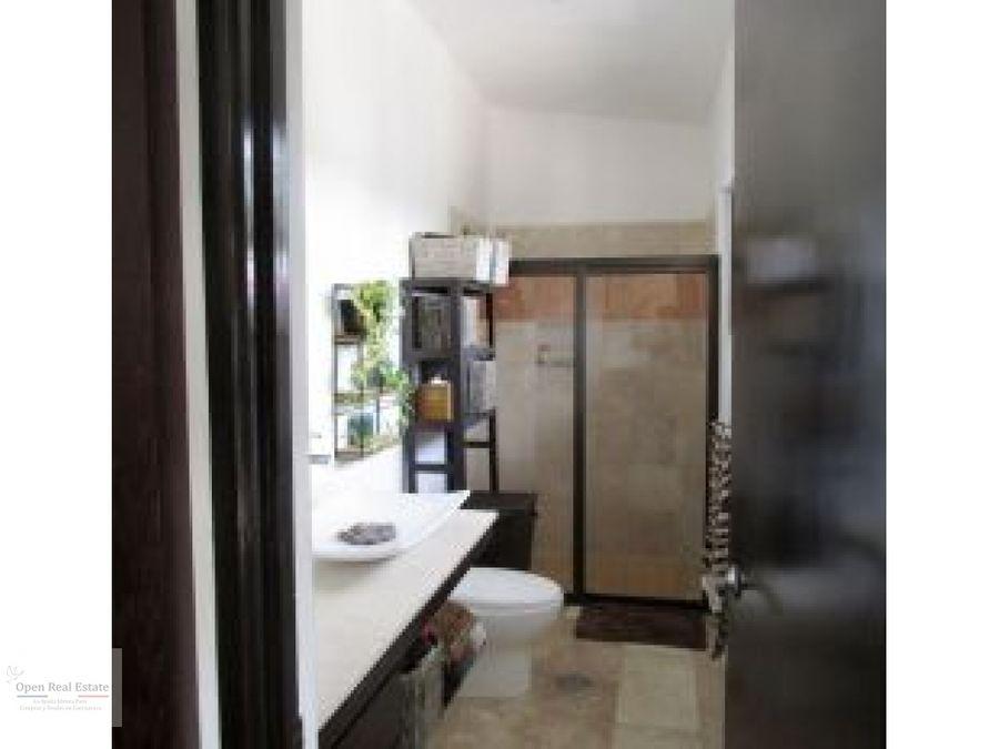 excelente casa remodelada en exclusivo fracc en cuernavaca
