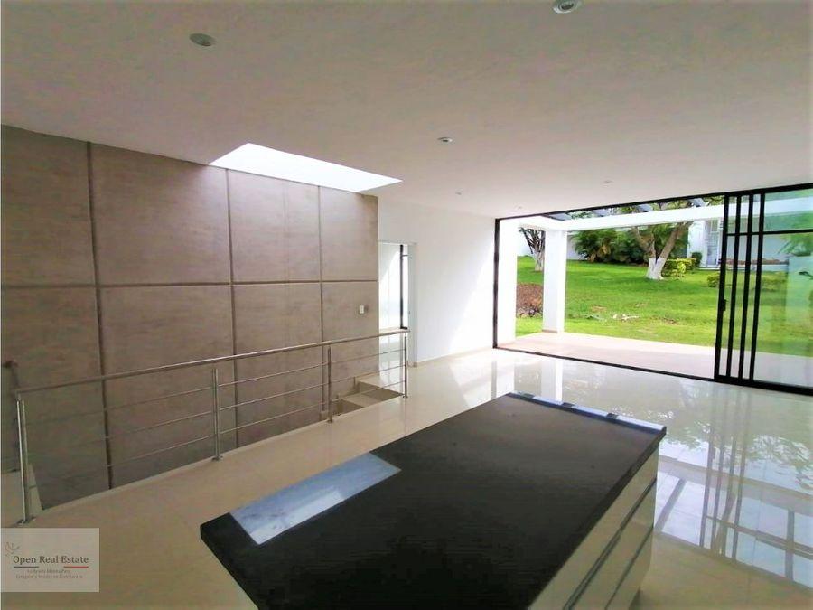 estrena casa moderna en burgos corinto con jacuzzy