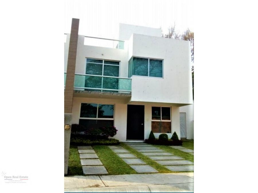 hermosa casa estilo moderno con roo garden
