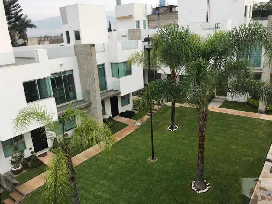 hermosa casa moderna con roof garden