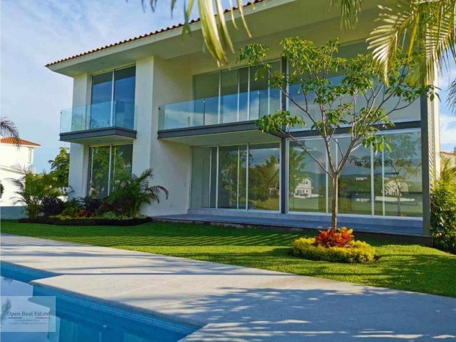 preciosa residencia en exclusivo fraccionamiento paraiso