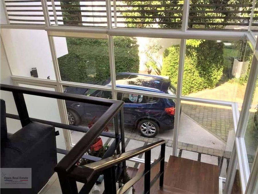 hermosa casa moderna con doble vigilancia