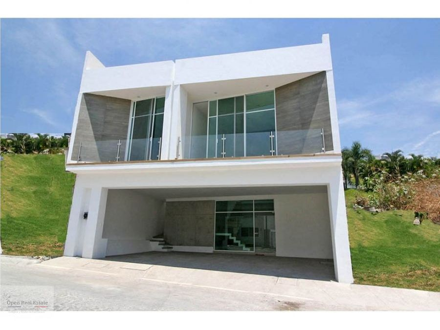 casa exclusivo fraccionamiento corinto residencial