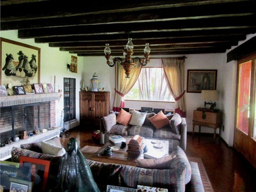 bellisima residencia en zona dorada gran plusvalia