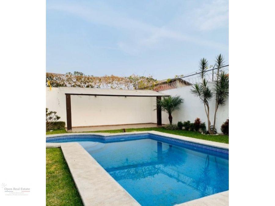 cond de solo 3 casas a 5 min de burgos con roof garden