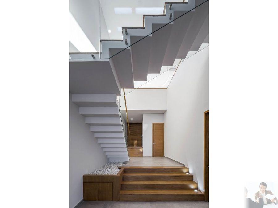 espectacular casa moderna en pre venta cuernavaca