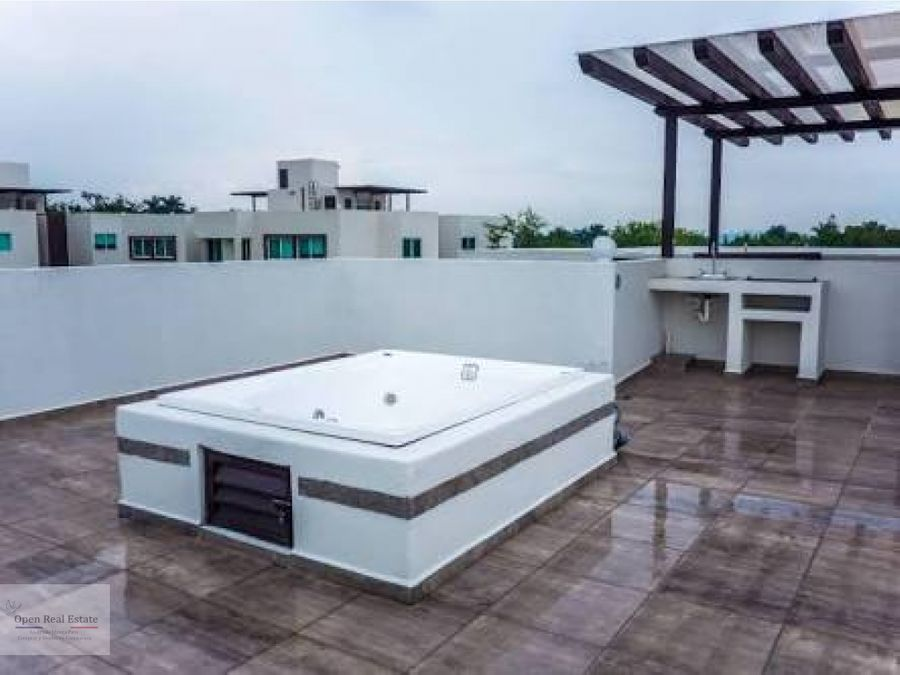 espectacular casa con roof garden y alberca privada