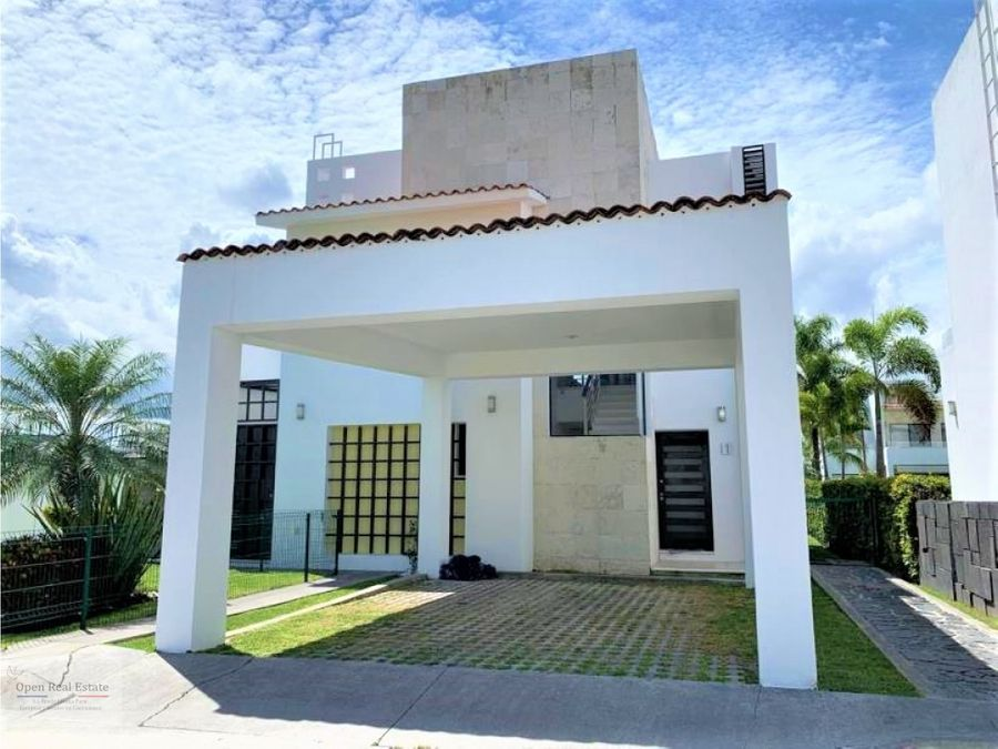 magnifica casa en paraiso country club
