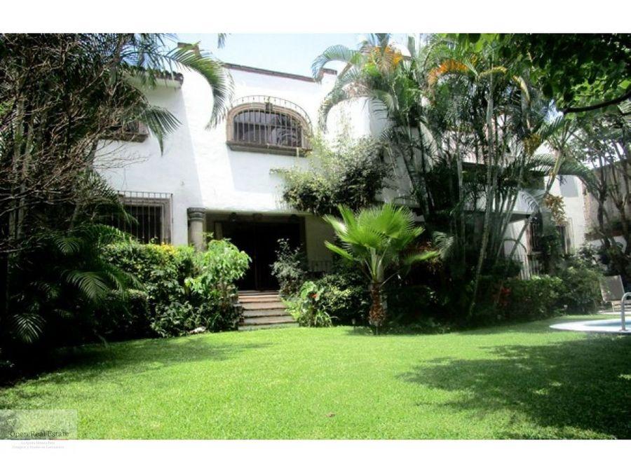 hermosa casa estlo colonial en cuernavaca