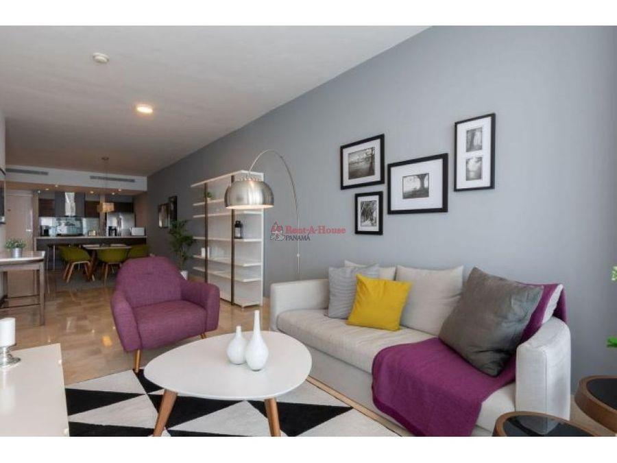 comodo apartamento en venta en av balboa