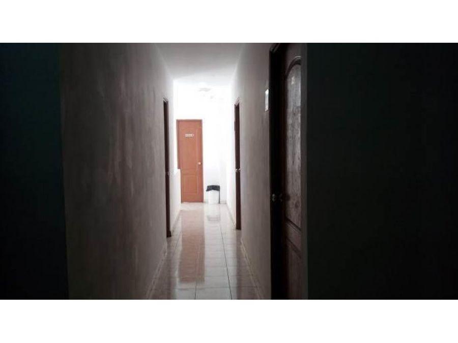 comodo hotel en venta en capira