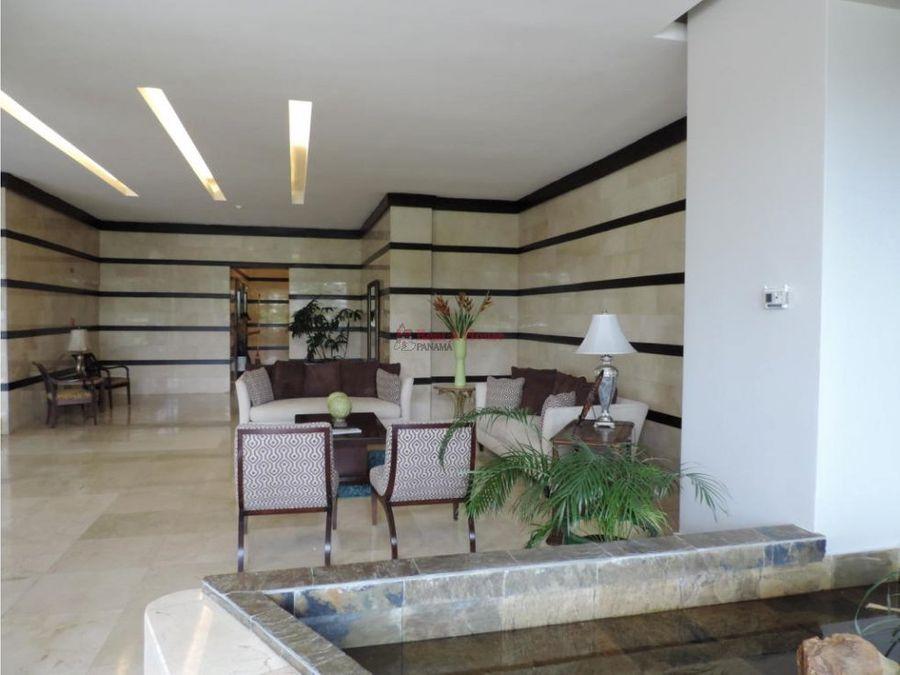 lujoso apartamento en venta en avenida balboa