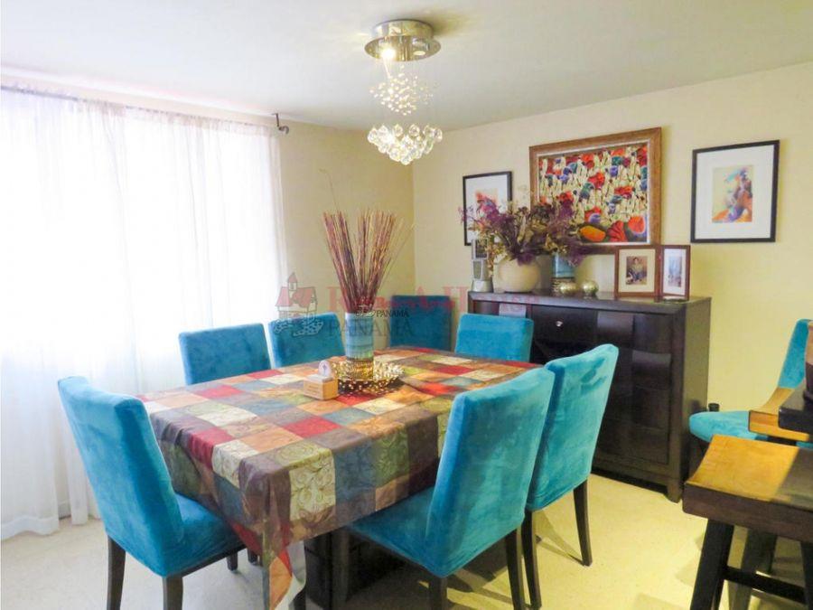 hermoso apartamento en venta en las loma