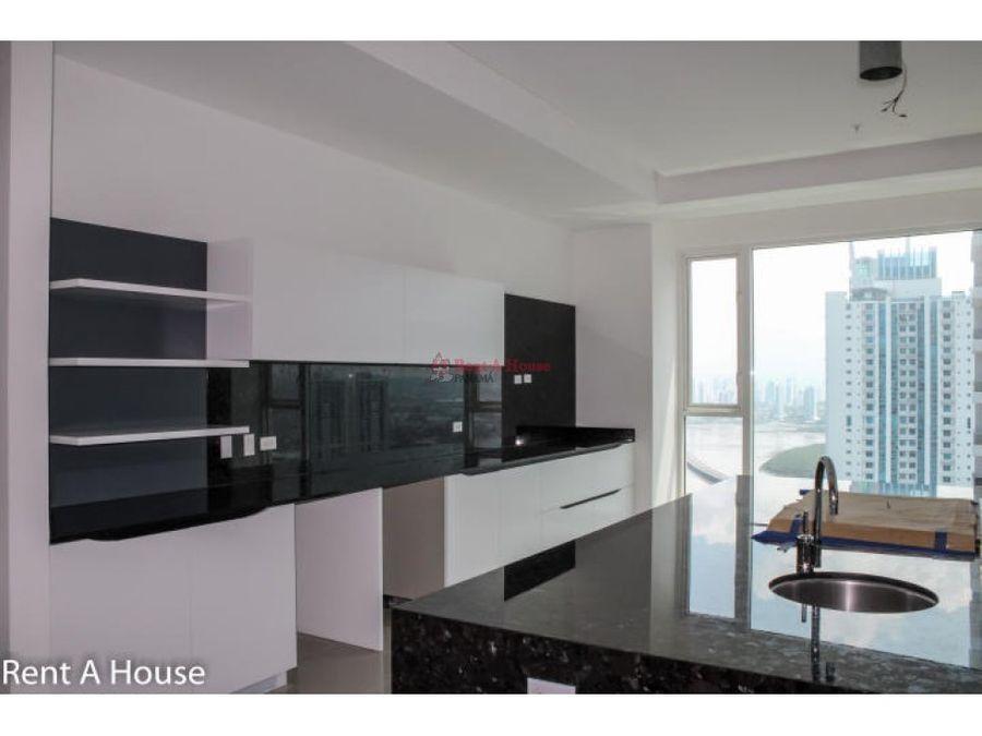 prestigioso apartamento en venta en costa del este