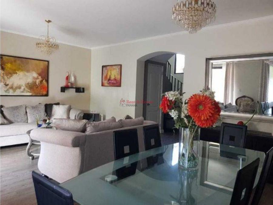 encantadora casa en venta en versalles