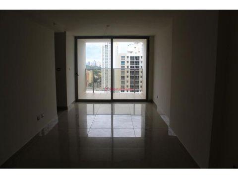 espectacular apartamento en venta en condado del rey