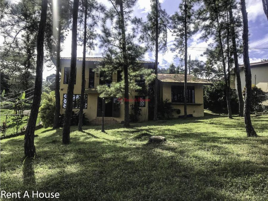 alquiler de casa en villa zaita panama