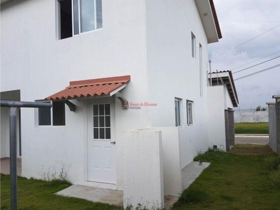 amplia casa en venta en chorrera