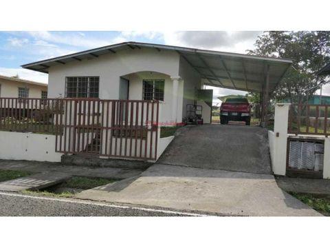 amplia casa en venta en david
