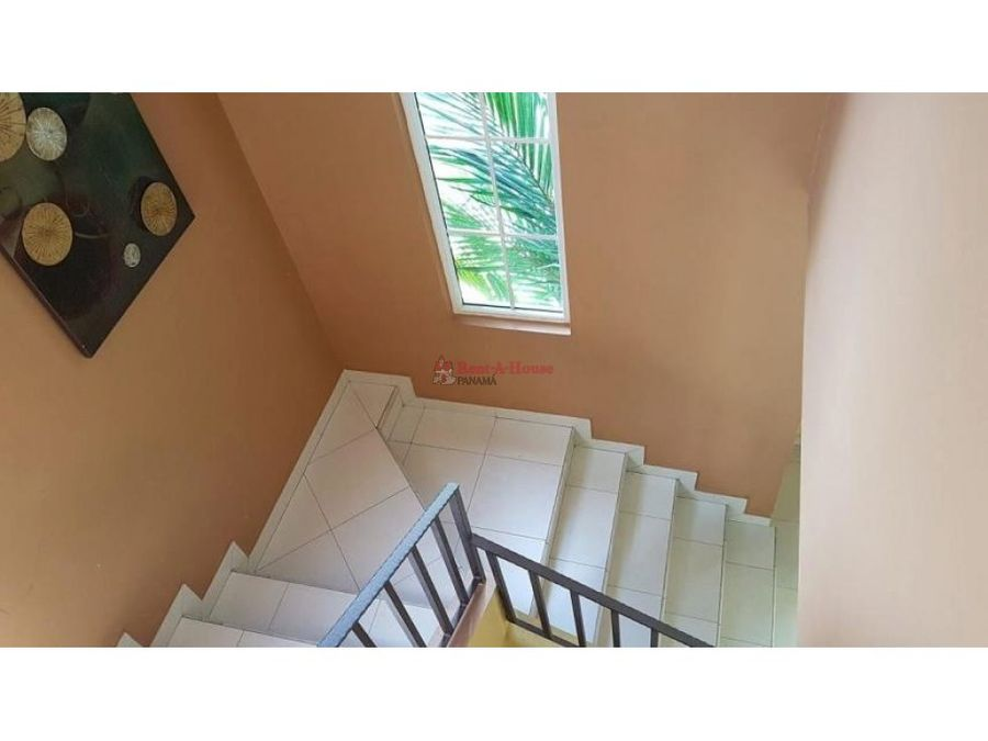 amplia casa en venta en versalles